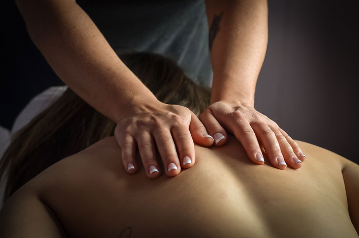 Deep Tissue Massage, Swedish Massage, Reiki, Plymouth, Novi, Canton, Livonia, Northville and surrounding communities.
